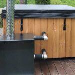 foto 2 vinkelskorsten for extern vedeldad ugn till badtunna 2 st